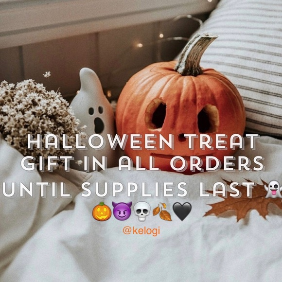 🍂FREE HALLOWEEN TREAT🎃in all orders!